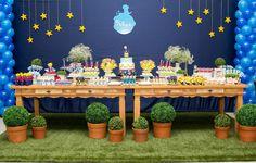 Encante seus convidados com esta linda decoração do pequeno principe.  Podemos fazer com apenas uma mesa.    consulte disponibilidade de data.