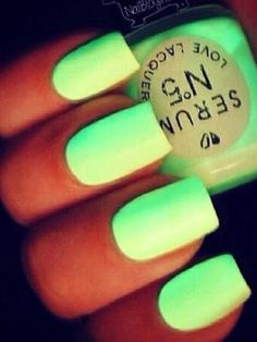 Serum N*5 Love Lacquer Really Bright Yellow-Green