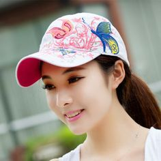 New Fashion Women Embroider Flowers Butterfly Snapback Baseball Cap  Adjustable Ladies Snap Back Fitted Hats Gorras b83421da450d