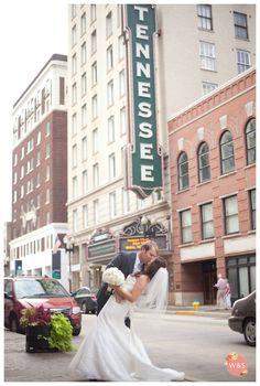 Knoxville Wedding Photographer - Woven & Spun Photography- Downtown Knoxville wedding kiss shot