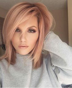 Trends 2018 – Gold Rose Hair Color : Rose Gold Hair Inspiration for You Blond Rose, Rose Gold Hair Blonde, Golden Blonde, Rose Gold Short Hair, Golden Brown, Pale Skin Blonde Hair, Rose Gold Toner Hair, Toning Blonde Hair, Ginger Blonde Hair