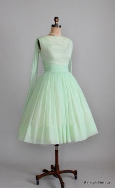 Vintage 1950s Minty Chiffon Prom Dress.