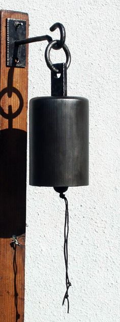 ringed_top_bell.jpg 242×650 pixels - good place to use the small empty gas bottles