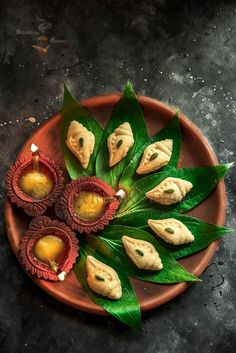 Sandesh is a popular Bengali dessert which requires patience to make at home. This ridiculously easy recipe will produce Instant Sandesh in just 2 mins. Sweets Photography, Food Photography Styling, Diwali Photography, Photography Business, Amazing Photography, Art Photography, Bangladeshi Food, Bengali Food, Indian Dessert Recipes