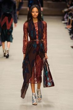 Fashion runway: #Burberry Prorsum #dress and interesting use of scarf tucked under the belt. All in red and brown tones - beautiful.