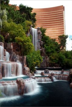 ✯ Wynn Waterfall - Las Vegas
