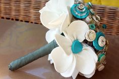 flower bouquet with buttons