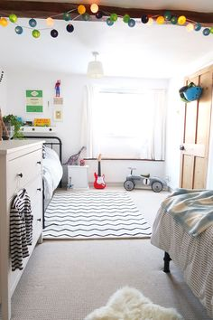 The Twinkle Diaries twin bedroom makeover — monochrome kids bedroom decor Blue Bedroom, Trendy Bedroom, Bedroom Colors, Bedroom Decor, Bedroom Ideas, Kids Bedroom Designs, Small Space Design, Old Room, Soft Furnishings