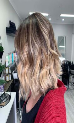 [New] The 10 Best Hairstyle Ideas Today (with Pictures) - Taking this balayage a little lighter for Braided Hairstyles, Cool Hairstyles, Hairstyle Ideas, Latest Haircuts, Shoulder Length, Woman Haircut, Curls, Braids, Hair Cuts
