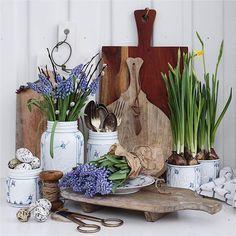 Norgesglasset krukke med lokk 135cl Bogstad-stråmønster -Hyttefeber.no Shabby Chic Interiors, Mother Teresa, Great Love, Vignettes, Still Life, Planter Pots, Canning, Spring, Vintage