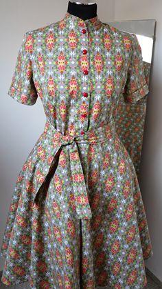 košilové šaty se stojáčkem na míru šedé folklorní   Zboží prodejce MiaModels 1ef3f8df3f