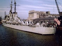 USS Fresno was a Juneau-class light cruiser of the US Navy launched on March Us Battleships, Capital Ship, Us Navy Ships, United States Navy, Cruise Ships, Sea And Ocean, Military History, Armed Forces, Amanda Bynes