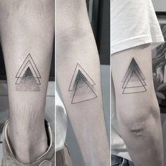 Tinta na Pele Brother Tattoos, Matching Sister Tattoos, Bff Tattoos, Best Friend Tattoos, Family Tattoos, Mini Tattoos, Couple Tattoos, Finger Tattoos, Body Art Tattoos