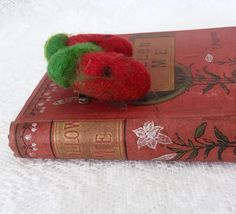 Vintage Felted Strawberry Brooch, Handcrafted Midcentury Jewelry, Brooch or Hair Clip, Retro PinUp Accessory by Mz Jones Boudoir Vintage Brooches, Vintage Jewelry, Vintage Wool, Black Dots, Green Leaves, Strawberries, Wool Felt, Pinup, Boudoir
