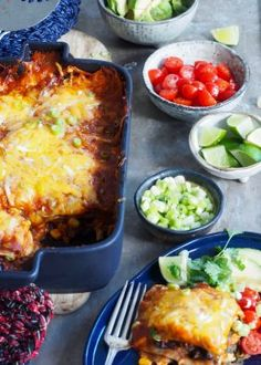 One pot wonder - lettvint gryterett - Mat På Bordet Enchiladas, Mexican Food Recipes, Dinner Recipes, Ethnic Recipes, Sandwiches, One Pot Wonders, Snacks For Work, Tex Mex, Party Snacks