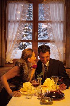 Romantisches Abendessen im Romantikhotel Madlener Restaurant, Good Food, Suppers, Vacation, Twist Restaurant, Diner Restaurant, Restaurants, Dining Rooms