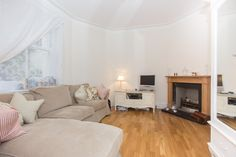 1 bedroom #flat to #rent in Barons Court: Queens Club Gardens, #W14 - £325pw #property