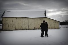 winter engagement picture