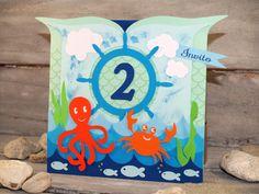 Invito compleanno con granchio, polipo, pesci, onde marine, nuvole e timone.
