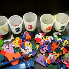 Teaching 2 and 3 Year Olds Activities for Toddlers and Preschoolers is part of Numbers preschool - SIMPLE MATH ACTIVITY Grab some cups, tape foam numbers on them, and then sort the rest of the foam numbers into them Simple and fun! Math Gs, Preschool Classroom, Preschool Learning, Kindergarten Math, Classroom Activities, Fun Learning, Preschool Activities, Teaching, Number Games Preschool