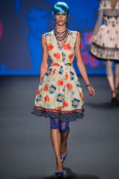 Tights that will def be in style in Spring 2013 by Anna Sui Spring 2013 RTW