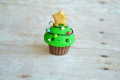 Kawaii Christmas Tree Cupcake - Charm, Polymer Clay Charm, Jewelry, Food Jewelry, Christmas, Holiday, Seasonal, Pendant, Cute