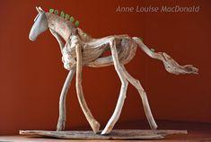 LOOK AT ME horse sculpture driftwood sculpture beach stone > Sea glass mane