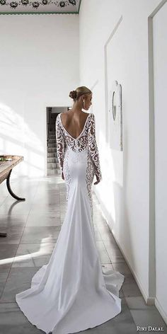 Breathtaking Low Back Wedding Dresses ❤ See more: http://www.weddingforward.com/low-back-wedding-dresses/ #weddingforward #bride #bridal #wedding