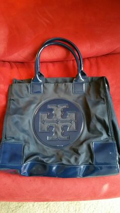 e5b1bd41a60 Pre Owned Tory Burch Navy Blue Large Nylon Tote  fashion  clothing  shoes