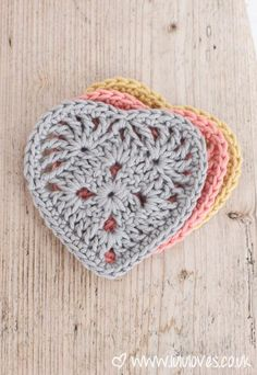 Inside Crochet Magazine Issue 50 - Heart Motif Lululoves
