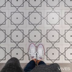 """@vivesceramica shared a photo on Instagram: """"#ihavethisthingwith... Eliseos-R Blanco 20x20 cm #rectified. A design of delicate charm. #VIVES #vivesceramica #mejorconceramica #baldosas…"""" • Oct 10, 2020 at 7:05am UTC"""