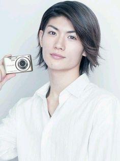 Yu Aoi and Haruma Miura spotted on an early morning date (Josei Seven)