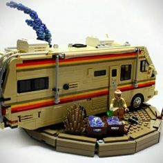 Incredible LEGO set designed after AMC's hit show Breaking Bad. OMG this is soooo awesome!!!