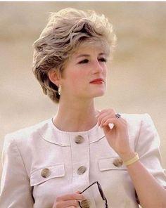Princess Belle, Princess Diana Quotes, Princess Diana Jewelry, Princess Diana Engagement Ring, Princess Diana Hair, Princess Diana Dresses, Princess Diana Wedding, Princess Diana Fashion, Princess Diana Pictures