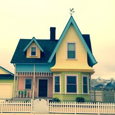 The real life UP house ... :DD lol I shall start saving up now for my house someday <3
