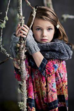 She looks like a little wood nymph! Beautiful Hand Knitted Ash Wrist Warmers by georgiablue on Etsy Studio Foto, Cute Kids Photography, Xmax, Wrist Warmers, Hand Warmers, Little Fashionista, Cute Little Girls, Kid Styles, Beautiful Children