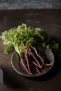 Simple styling, dark, moody food photography. Vegetables. Ingredients.