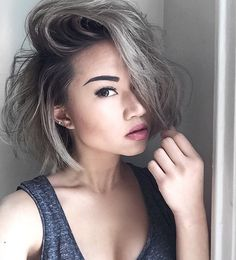 Gray hair color is not only for older ladies, young women sports gray hair wear gradually. Here we have gathered 15 Short Grey Hair Styles for you to get. Short Silver Hair, Short Grey Hair, Short Hair Cuts, Short Hair Styles, Grey Hair Brown Roots, Grey Hair Bob, Cute Hairstyles For Short Hair, Hairstyles 2018, Hair 2018
