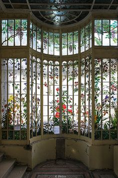 Home Sweet Home: These Are the Biggest Home Décor Trends of 2019 . Home Sweet Home: These Are the Biggest Home Décor Trends of 2019 . Stained Glass Art, Stained Glass Windows, Beautiful Buildings, Beautiful Places, Amazing Architecture, Architecture Design, Abandoned Places, My Dream Home, Windows And Doors