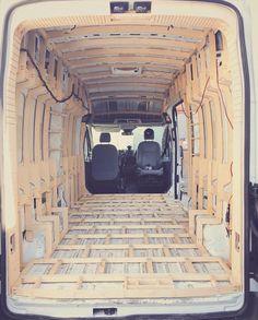 caravan design 765119424181868250 - van interior build Source by carmelinacox Sprinter Camper, Bus Camper, Camper Life, Camper Trailers, Campers, Van Conversion Interior, Camper Van Conversion Diy, Vw Transporter T4, Kombi Motorhome