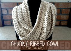 Click here for the Chunky Ribbed Cowl Crochet Pattern | Free Crochet Pattern by Little Monkeys Crochet