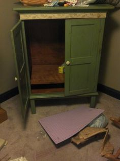 tv cabinet and lamp - $125 (hershey)