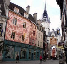Auxerre, Burgundy, France by Grangeburn, via Flickr