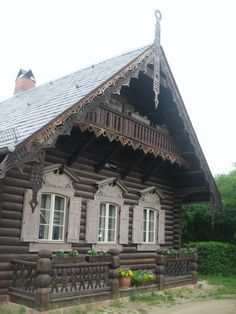 Drevené domy v ruskom štýle v Alexandrovke, starej ruskej dedine - Wooden Architecture, Russian Architecture, Amazing Architecture, Architecture Design, Beautiful Buildings, Beautiful Homes, House In The Woods, My House, Fairytale Cottage