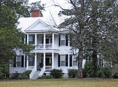 The Summer-Huggins House, is a historic plantation home located in South Carolina. Gothic Revival Architecture, Historical Architecture, Architecture Board, North Carolina Homes, South Carolina, Greek Revival Home, Home Structure, Old Houses, Nice Houses