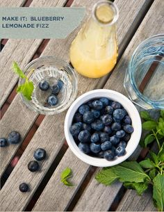 Yes please! Blueberry Lemonade Fizz from Valley & Co. (Photo by Terri Rippee Photography)