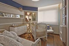 Mix de referências e estilos. Veja: http://casadevalentina.com.br/projetos/detalhes/em-total-integracao-596 #decor #decoracao #interior #design #casa #home #house #idea #ideia #detalhes #details #style #estilo #casadevalentina #baby