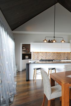 Jacks Point Residence – by Evolution. This home integrates thermal efficiency into architectural design seamlessly, producing an. Engineered Wood Floors, Timber Flooring, Design Guidelines, Modern Kitchen Design, Living Area, Evolution, Architecture Design, Kitchens, Cuisine