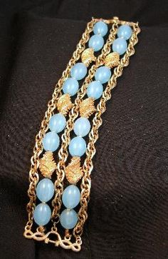 Signed Trifari Wide Gold Tone Blue Glass and Chain Bracelet