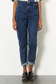NOT TOO SUREThe 10 Things Only Fashion People Love #refinery29 Mom jeans may not have the best reputation when it comes to fit, but you know what? We don't care. Fashion rules are meant to be broken. And, in a sea of skinnies, you'll stand out in an instant with a style that's slouchy, high-waisted, tapered, and usually acid-washed